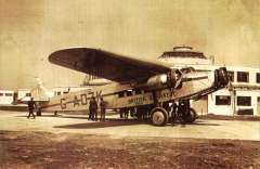 (Ephemera) Airliner from British Airways fleet preparing to leave Gatwick airport for Le Bourget, May 1935, reproduction sepia pc