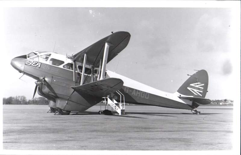 (Ephemera) BEA, De Havilland DH89A Dragon Rapide on tarmac, original B&W photograph, 14x9cm.