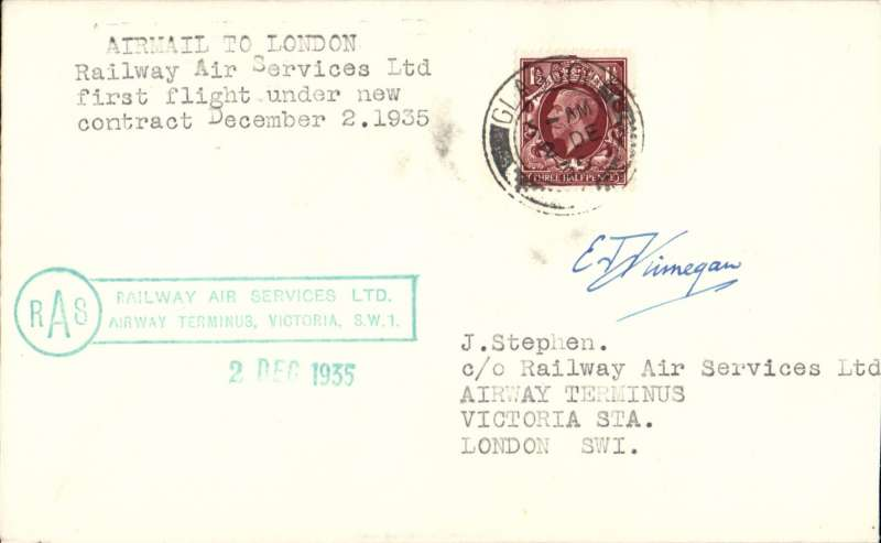 """(GB Internal) F/F New RAS Contract following the expiry of the Hillman AW contract, first flight Glasgow to London, plain cover, franked 1 1/2d, addressed to the Company offices, and bearing the Company's official green framed two line """"Railway Air Services Ltd/Airway Terminus, Victoria,SW!/2 Dec 1935"""" receiving cachet. Signed by pilot Capt E.F.Finnegan."""